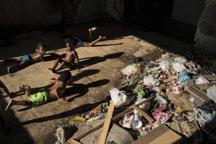 Extrema pobreza aumenta no país, aponta levantamento do IBGE