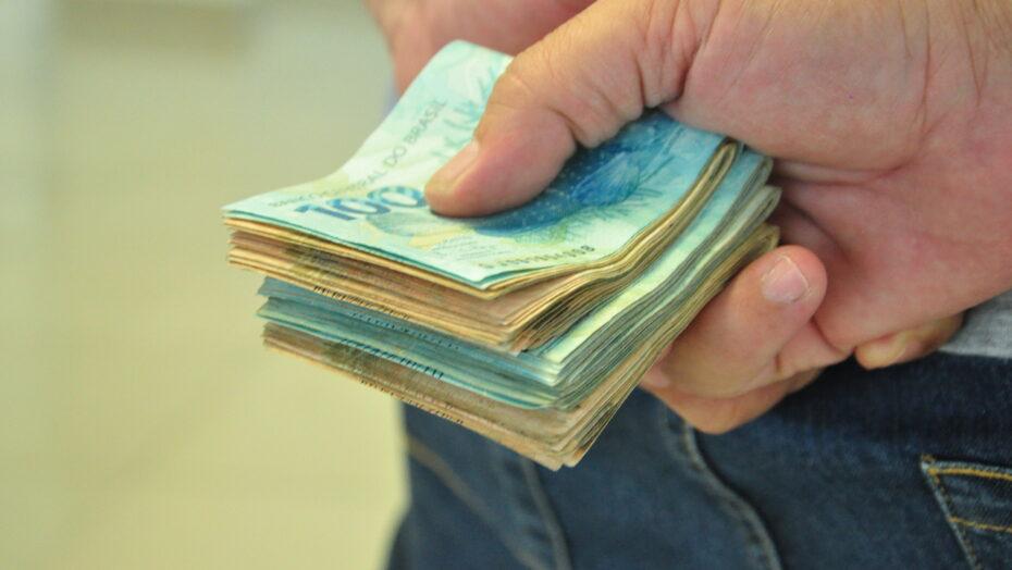 Dinheiro Economia Salário e Corrupção 22 e1603131795896
