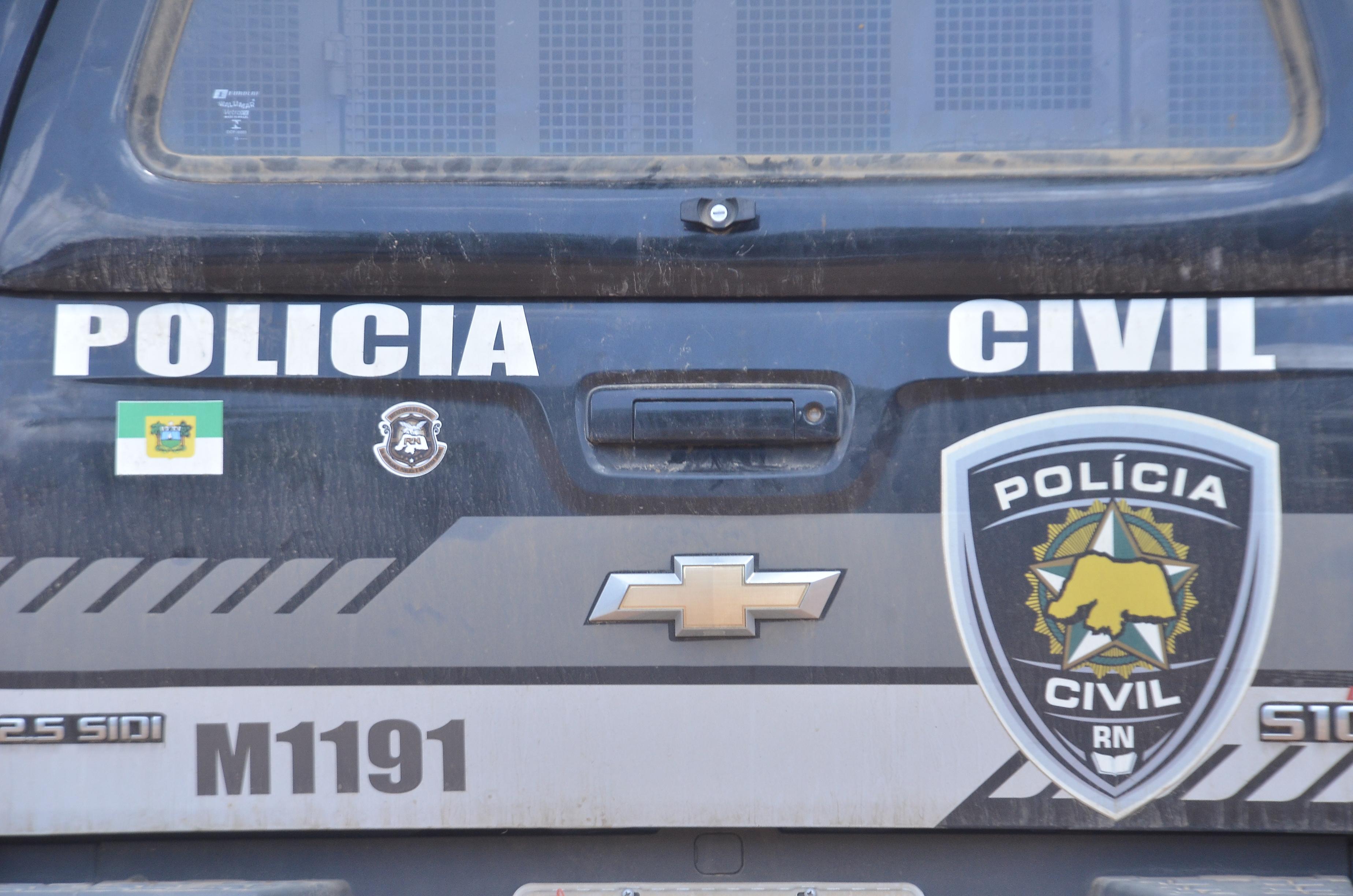 Viaturas da Policia Civil na Degepol Novas e Usadas 27