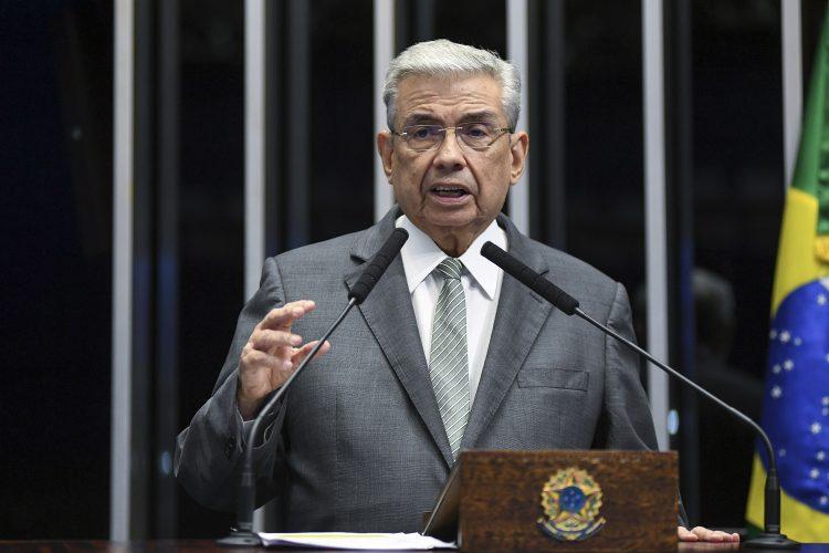 Em despedida do Senado, Garibaldi diz que continuará lutando em favor do RN