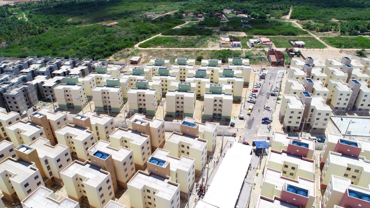 Prefeitura entrega novo condomínio habitacional do Village de Prata - Agora  RN