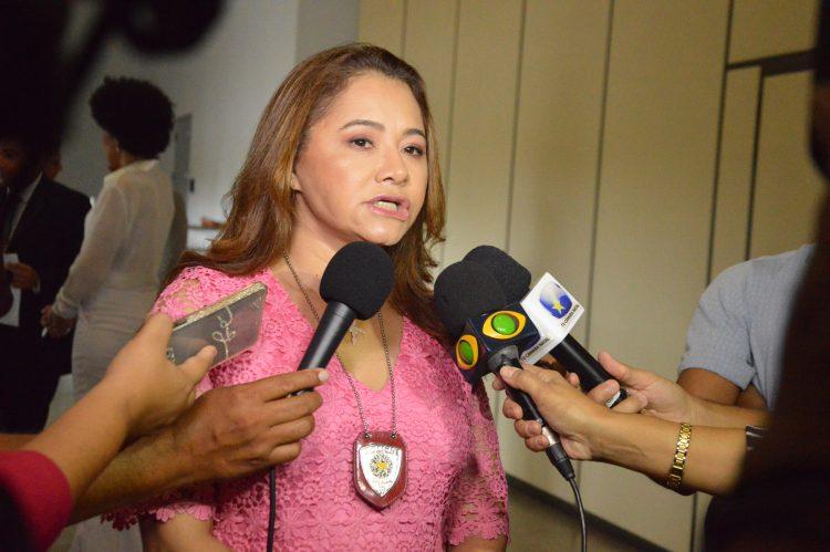 Resultado de imagem para Delegada-Geral de Polícia, Ana Cláudia Saraiva Gomes