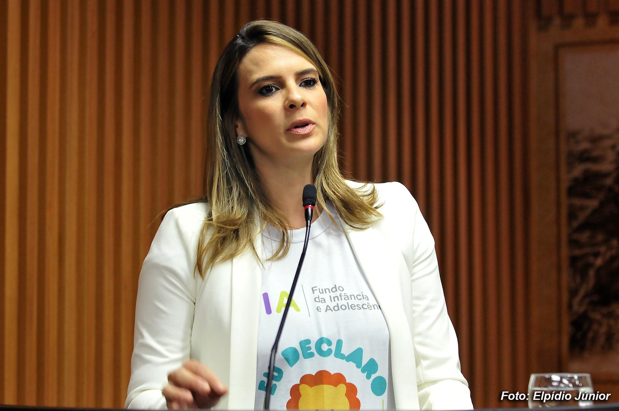 Verª. Júlia Arruda Foto ELPÍDIO JÚNIOR 1