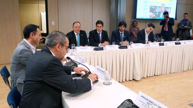 Resultado de imagem para bancada do rn se reune com ministro da educacao