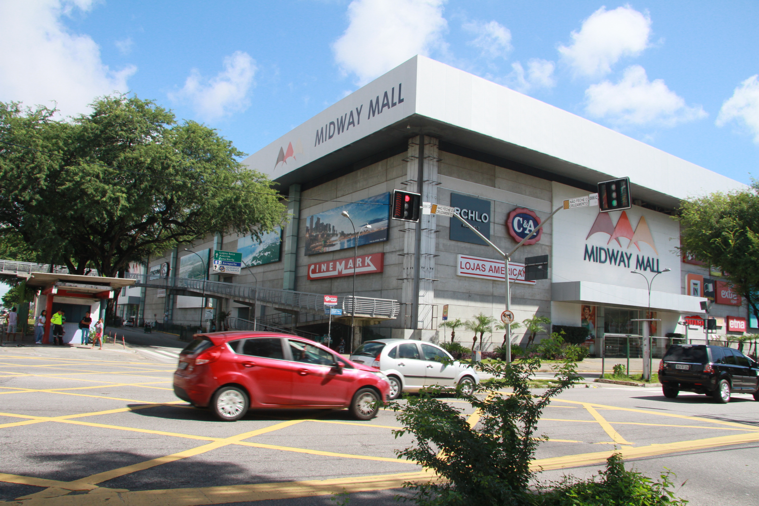 Shopping MIDWAY MALL 4