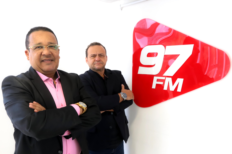 Cyro Robson Papinha e Jota Régis Comando 97 2