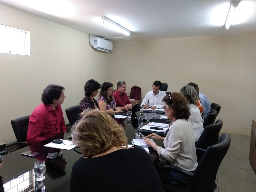 Governo do RN e prefeitura de Macaíba debatem sobre Maternidade José Varela