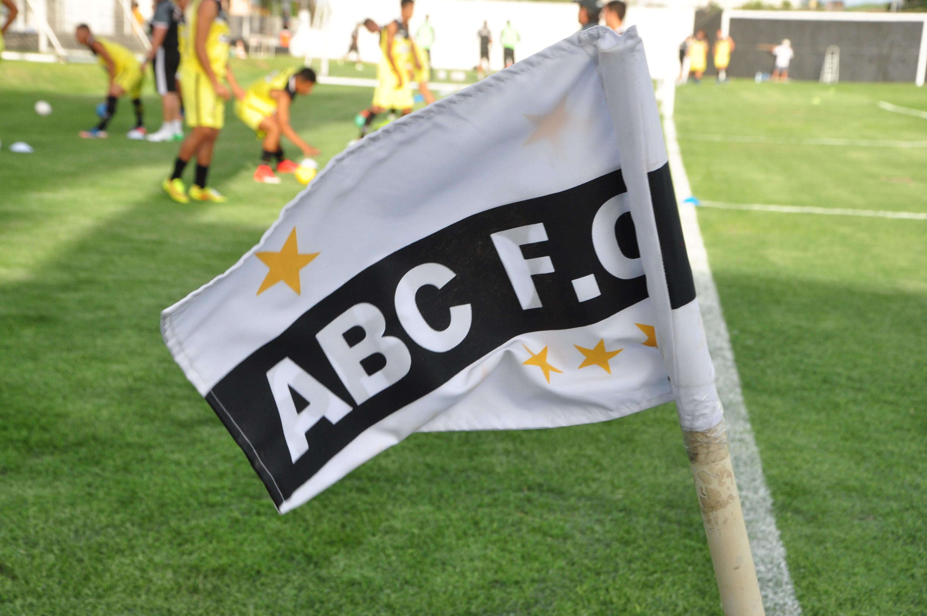 Pág 16 Bandeira do ABC