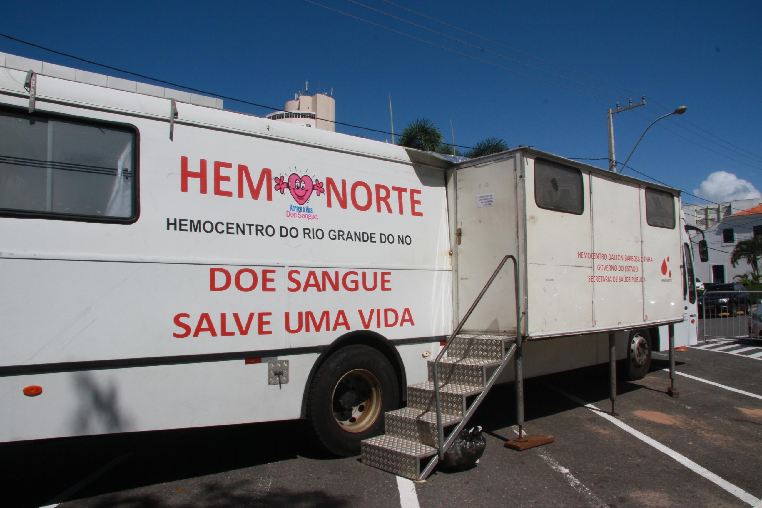 Carro de Coleta de Sangue Hemonorte 2