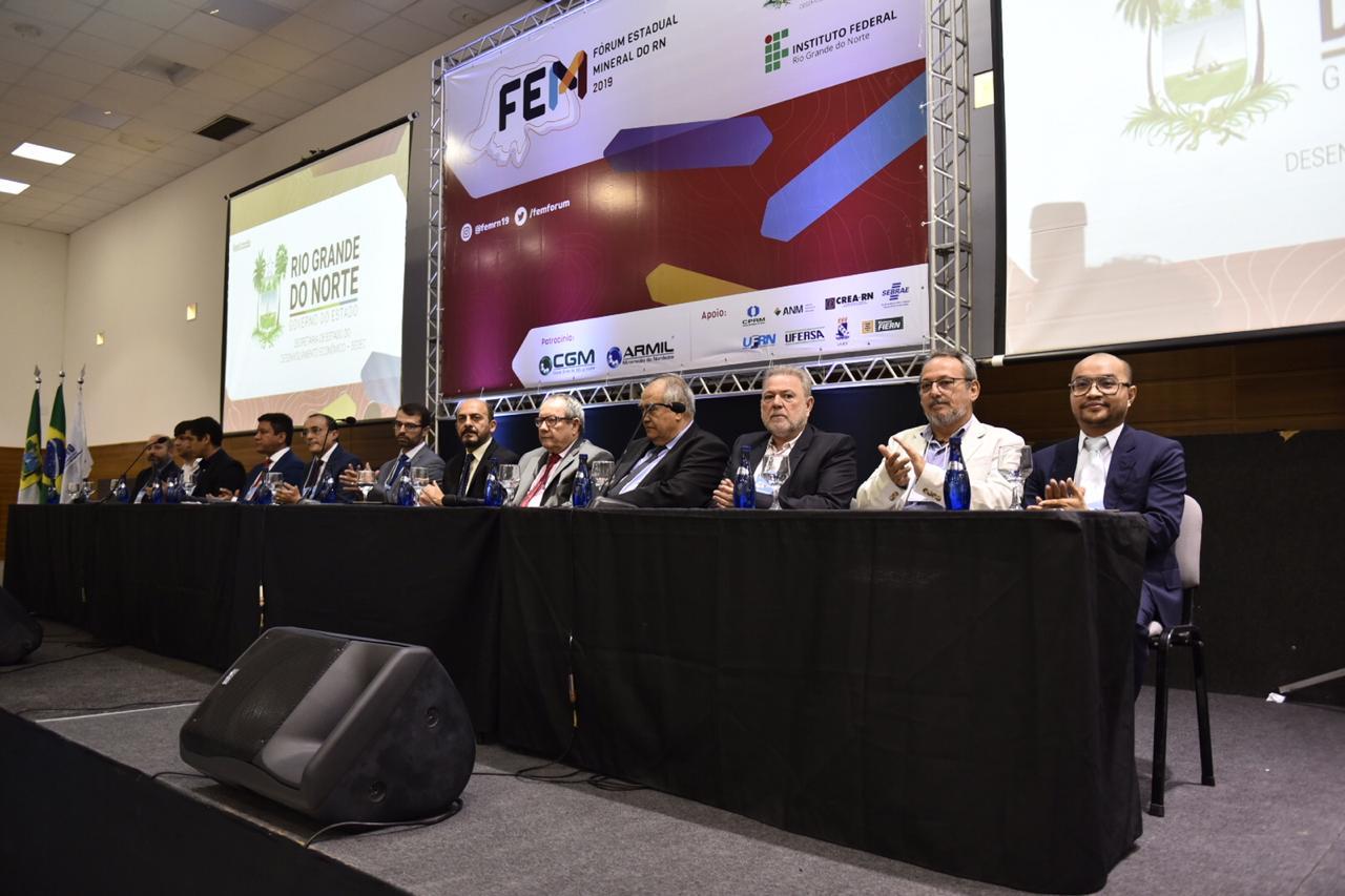 Forum Estadual Mineral Elisa Elsie 3