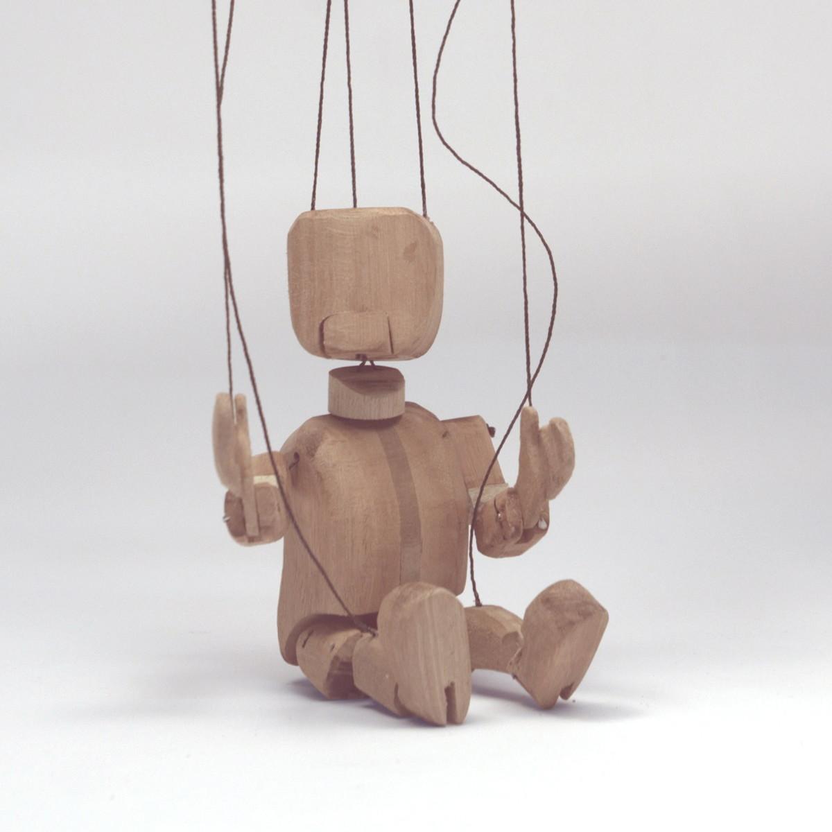 marionete em madeira marionete