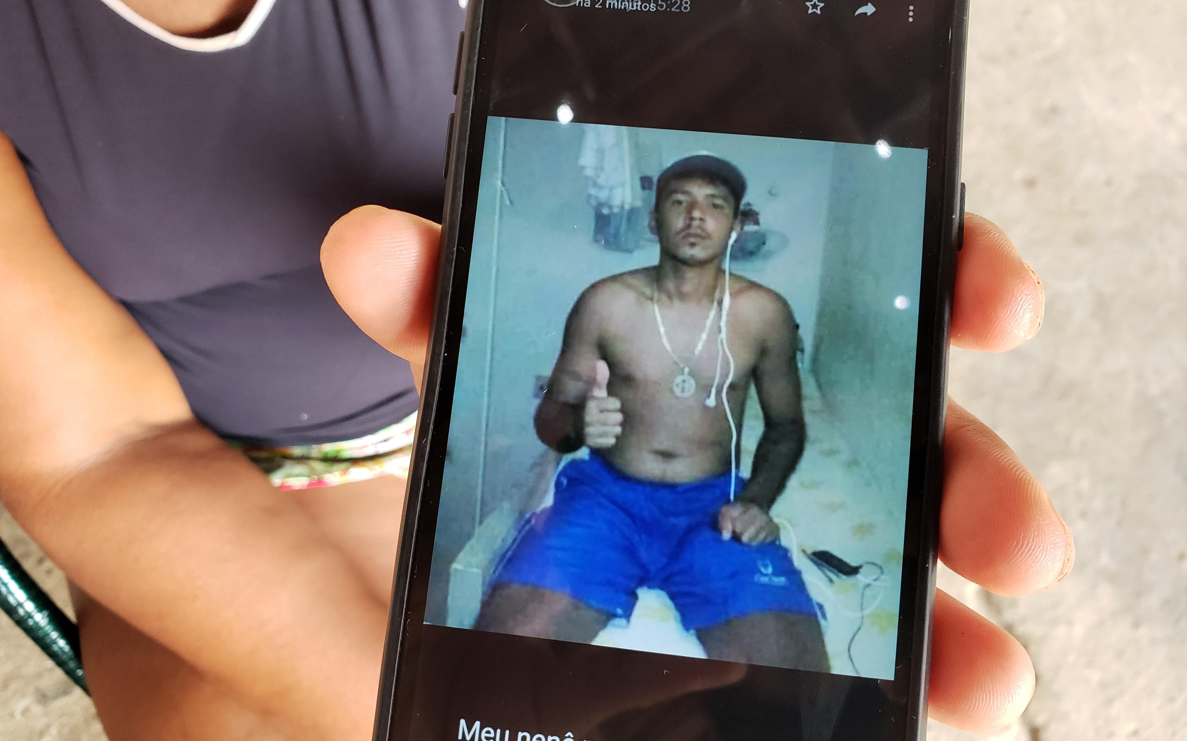 Se estivesse vivo, Carlos completaria 27 anos em abril. Foto: Bruno Vital/Agora RN