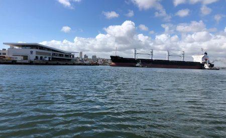 Navio de Açúcar no Porto de Natal. Foto: Divulgação