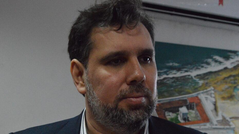 Plano diretor de Natal Thiago Mesquita Secretário adjunto de Planejamento Municipal 6 1 e1628337948153