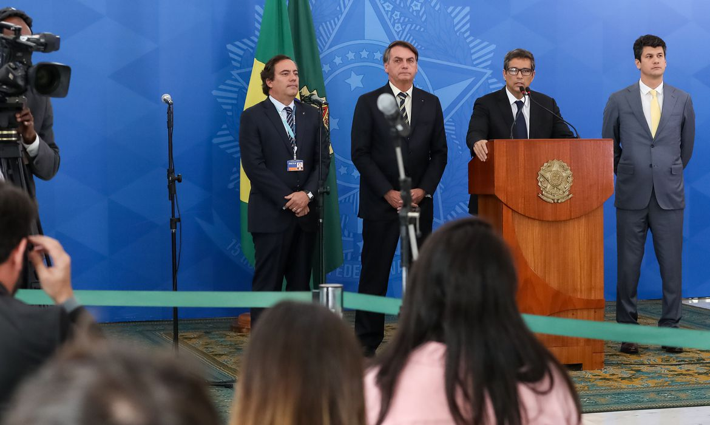 27032020 coletiva de imprensa com o presidente da repblica jair bolsonaro presidente do bc rresidente da caixa e presidente do bndes 49705141037 o