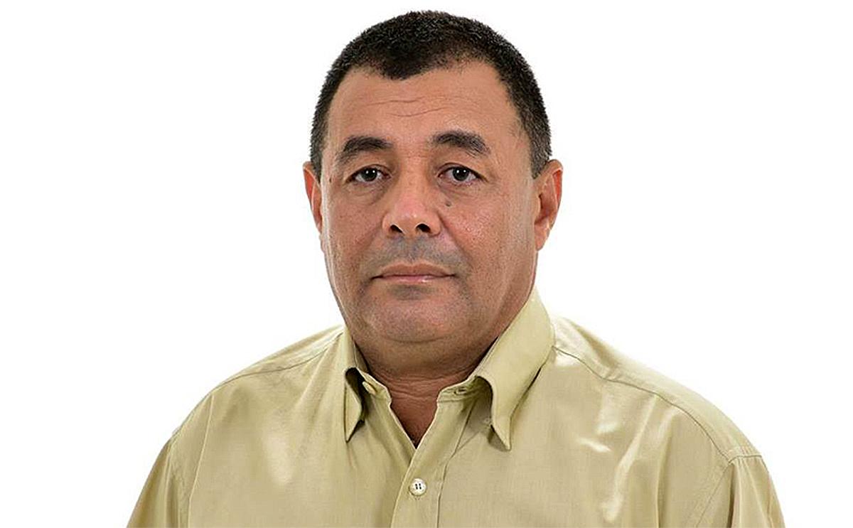prefeito antonio felicia de sao jose do divino qFDNYUs