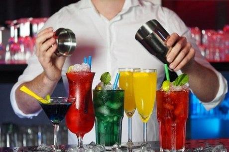 bar barman bartender 22042020154001147