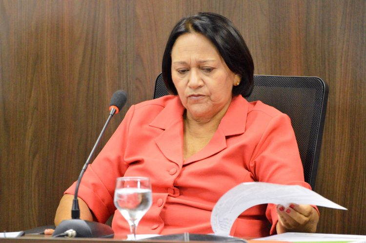 Juiz dá 48 horas para governo Fátima se pronunciar sobre compra de  respiradores