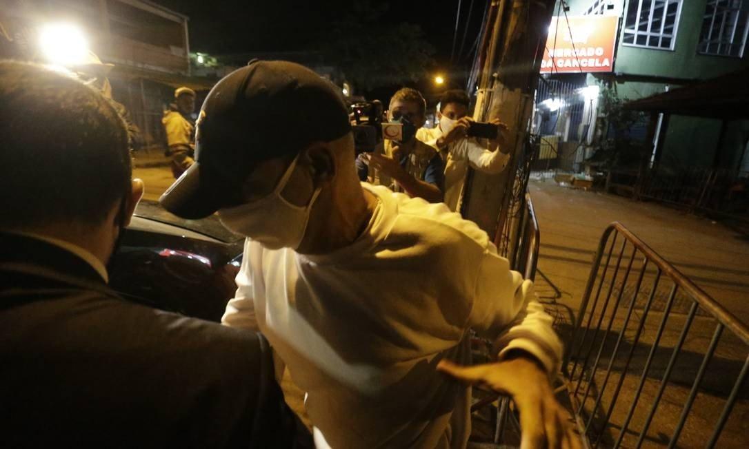 x88779117 Fabricio Queiroz deixa Bangu 8 e vai para prisao domiciliar. Foto Domingos