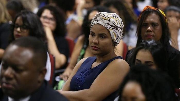 Desemprego atingiu mais pretos que brancos na pandemia