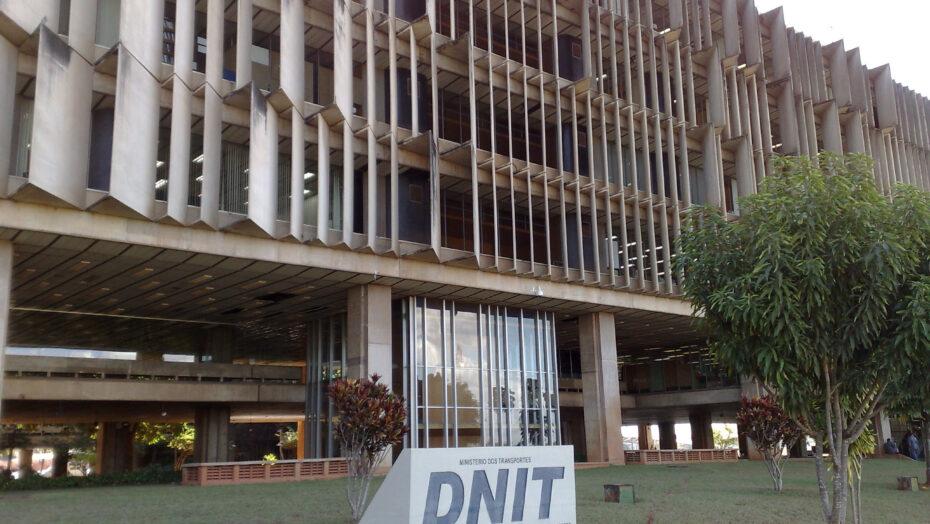DNIT edificio sede Departamento Nacional de Infraestrutura de Transportes