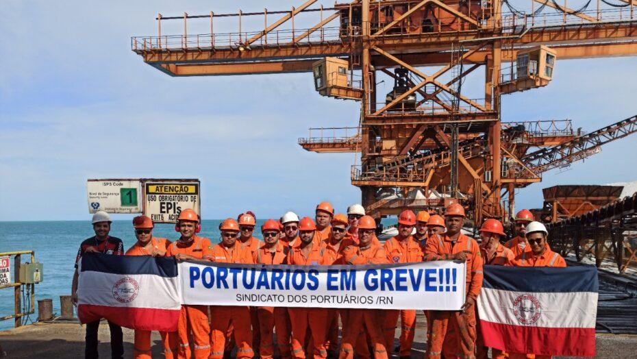 Portuários do Terminal Salineiro de Areia Branca entram em greve por tempo  indeterminado - Jornal Agora RN