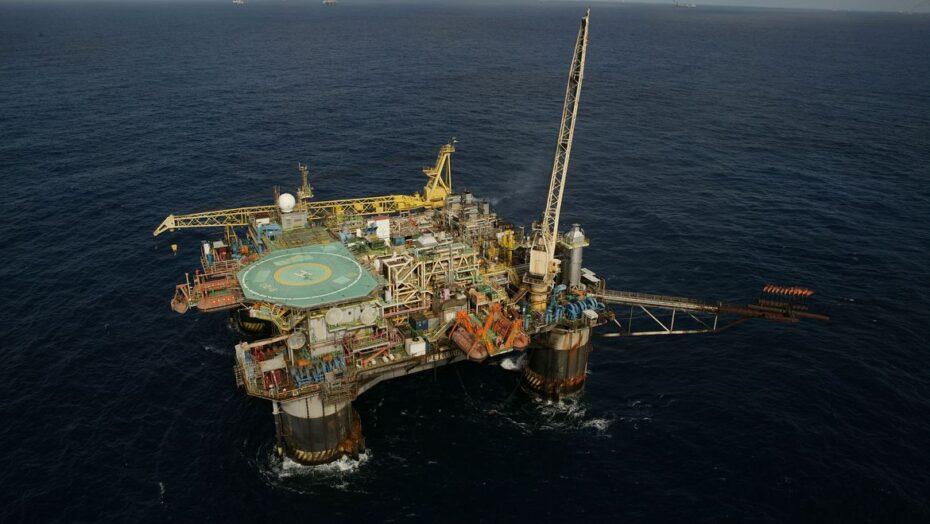 plataforma semi submersivel p 20 bacia de campos petroleo do brasil petrobras 0