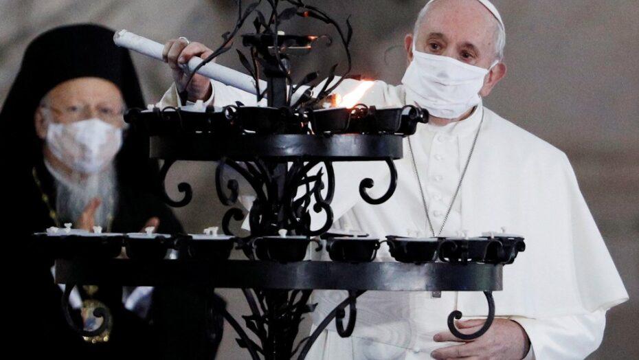 2020 10 20t165217z 1457595583 rc2gmj9efd4k rtrmadp 3 health coronavirus pope mask