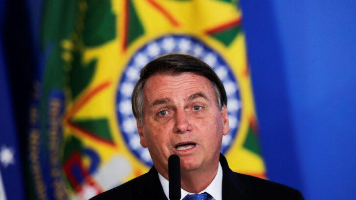 """Bolsonaro sobre fala de mourão: """"não delego assunto que é do presidente"""""""