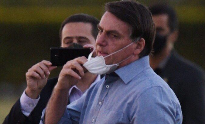 """Bolsonaro se irrita com pedido de redução de preço do arroz: """"vai comprar na venezuela"""""""