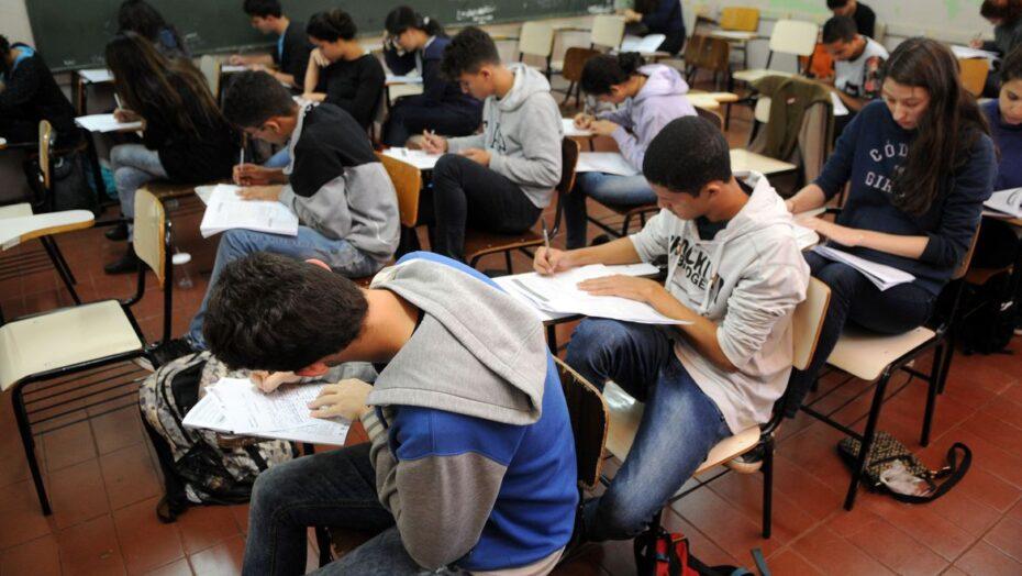 estudantes simulado do enem brasilia 0707161048