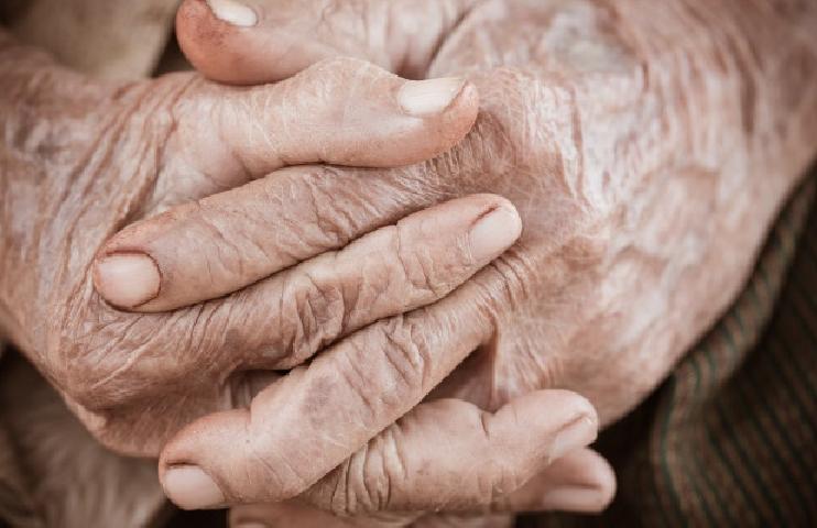 Polícia civil resgata idosa em situação de maus-tratos em natal