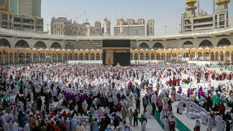 mecca coronavirus arabia saudita mulcumanos0603200063