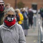 Como o coronavírus invadiu a eleição americana de todas as formas imagináveis