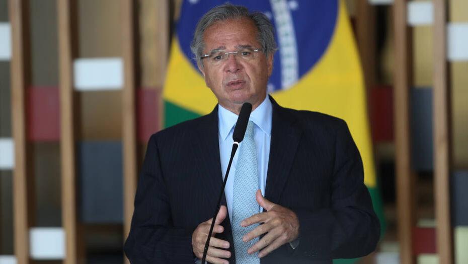 Guedes promete liberação imediata de recursos para ministério do meio ambiente