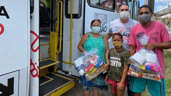 Busãosolidário entrega donativos na zona leste de natal