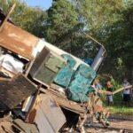 Acidente entre ônibus e caminhão deixa mortos e feridos em rodovia do interior de sp