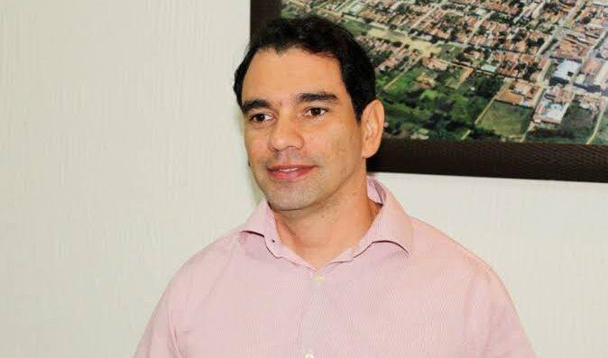 EspontÂnea: dr. gustavo lidera com 52,8% das intenções de voto em assu, mostra exatus /agora rn