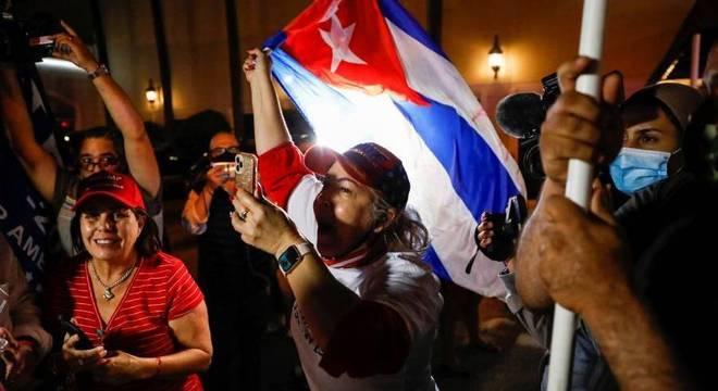 Latinos reforçam margem de vitória de donald trump na flórida