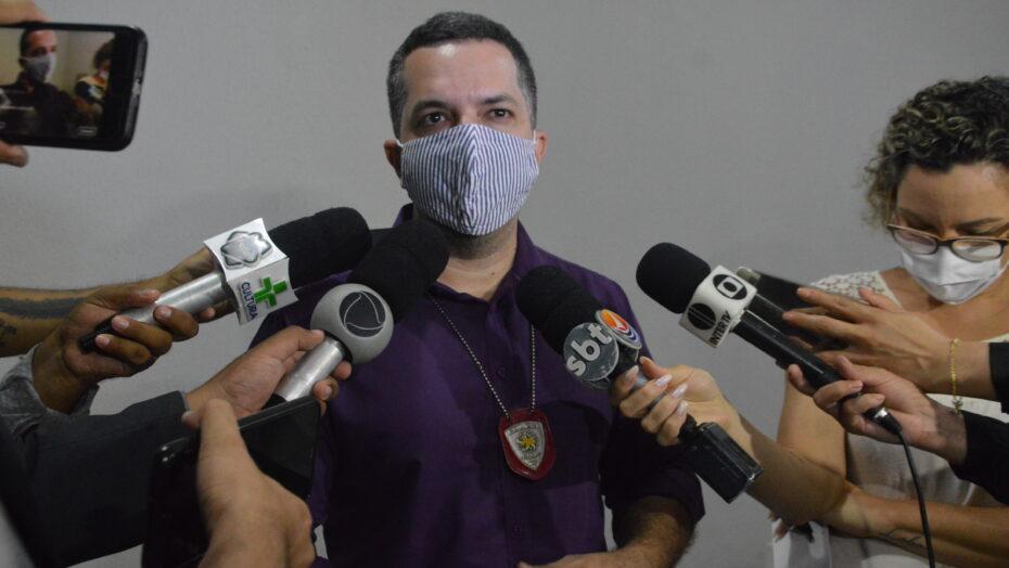 """""""vamos passar tratar a investigação como homicídio"""", diz delegado responsável pelo caso josé carlos"""