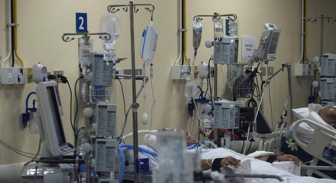 Covid-19: remédio de anticorpos torna recuperação mais rápida