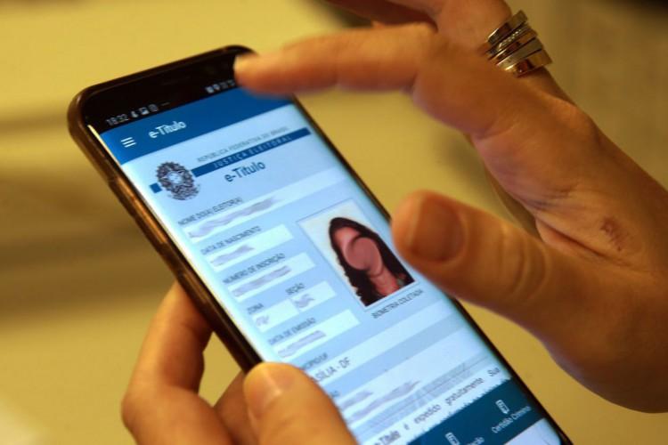 Saiba como justificar ausência pelo aplicativo de celular e-título