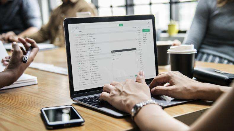 Mais de 60% dos internautas no país usam serviços públicos digitais