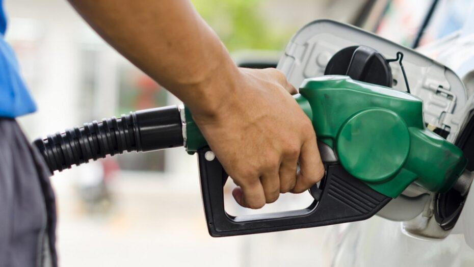 Reino unido vai banir venda de carros movidos a gasolina em 2030