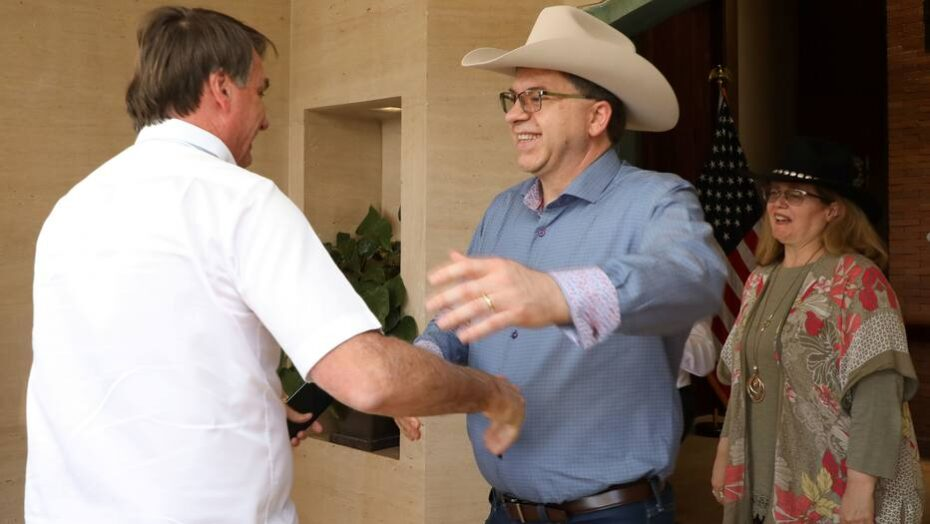 Após bolsonaro falar em 'pólvora', embaixador americano exalta destacamento militar