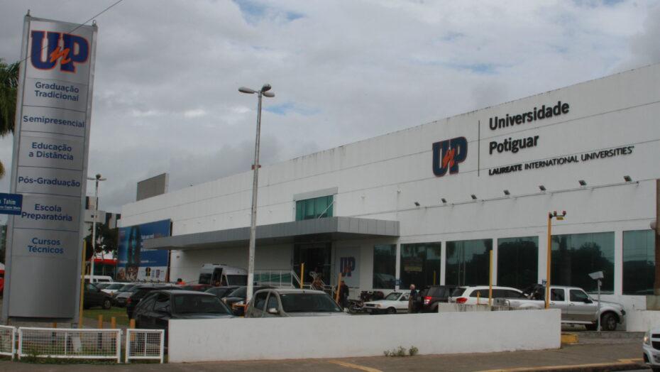 Rede laureate, proprietária da unp, anuncia venda definitiva das operações no brasil por r$ 4,6 bilhões