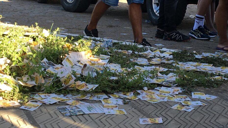 Derramamentos de santinhos poluem natal e são gonçalo do amarante