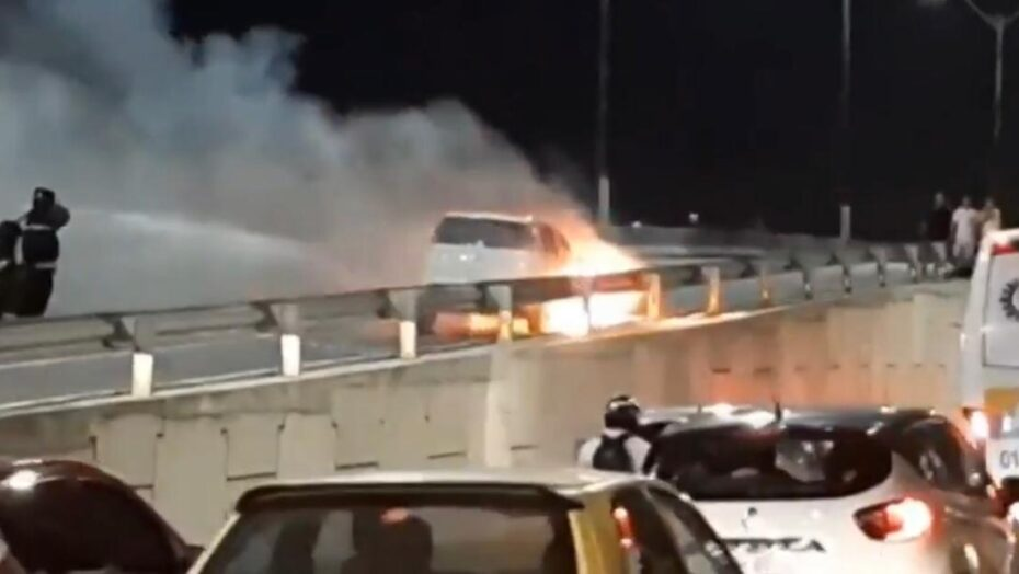 Veículo pega fogo em viaduto de parnamirim e deixa trânsito lento nesta sexta