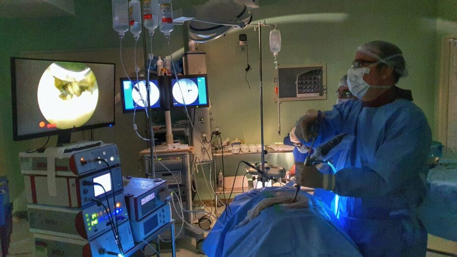 Médico do rn usa técnica inovadora para retirar tumor