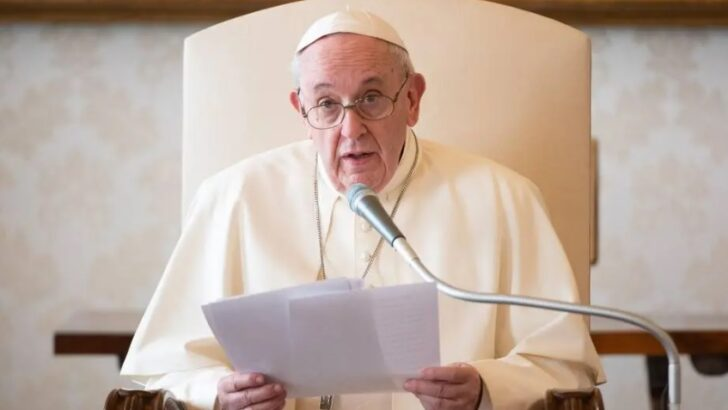 Papa francisco: igreja 'não é grupo de empresários ou partido político'